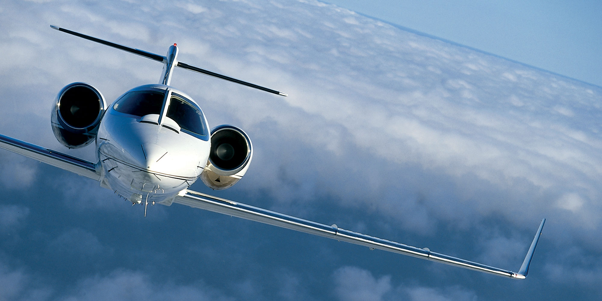 Slider-learjet-sky